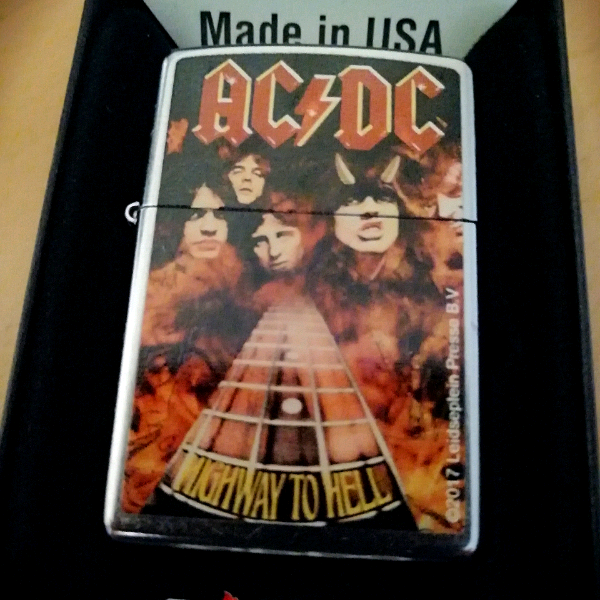 Zippo AC/DC - Highway To Hell