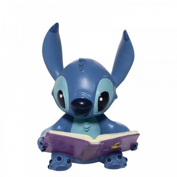 Stitch avec son livre